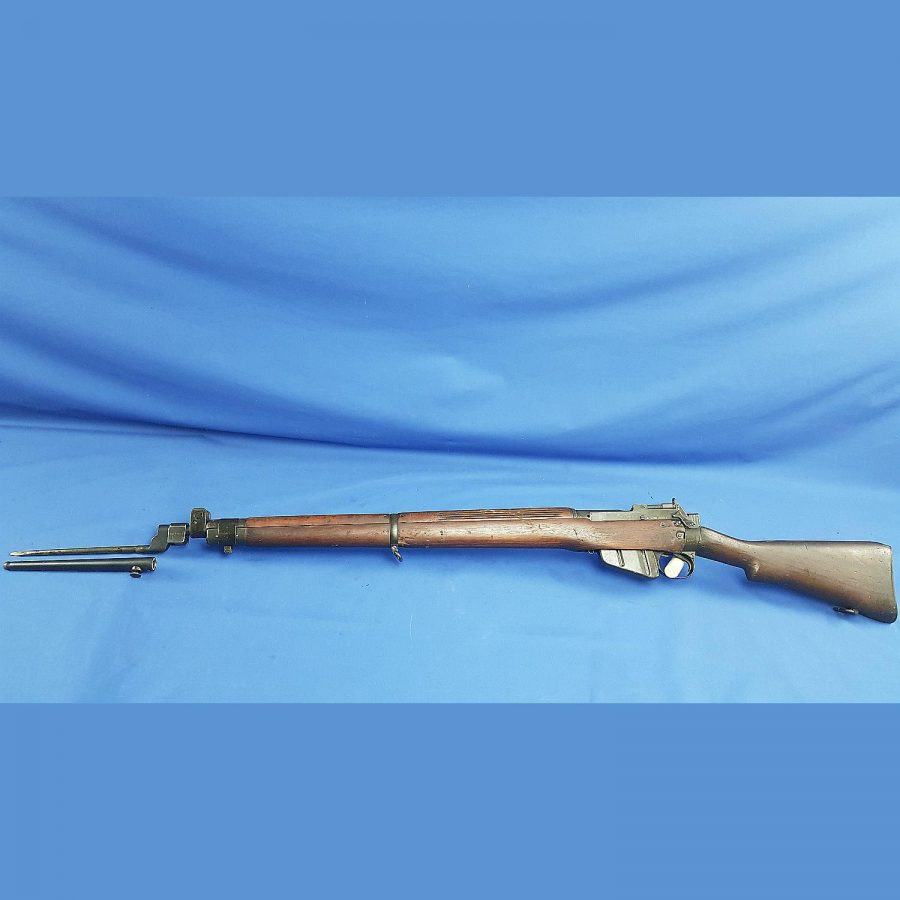 Lee-Enfield Nr. 4Mk. 1 Long Branch 1943 Nr: 41L5111, Kal.303British