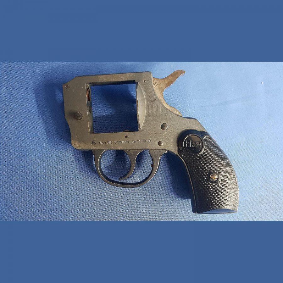 H+R INC Gardner Mass. USA Mod. 622 Kal.22lr