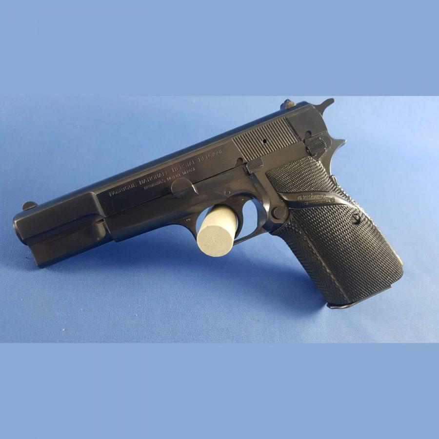 Pistole FN Herstal Belgien M35 Kal. 9x19mm