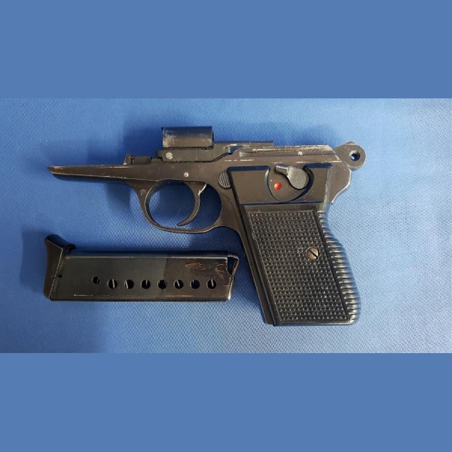 CZ-Ceska VZOR70 mit Magazin Kal.7,65mm Snr. 297347